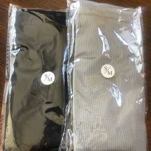2 pair Compression socks black and gray size s/m